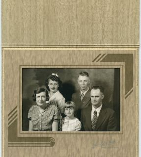 Antique Photo In Folder Fort Scott Kansas   KELLOGG Family Man, Lady 3