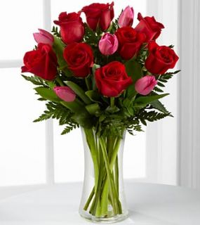 The FTD Love Wonder Bouquet XX 4801 Valentines Day Flower Delivery