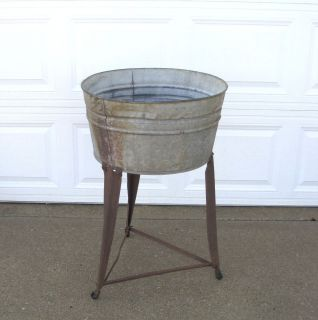 VTG Antique GALVANIZED SINGLE Round WASH TUB On Stand W Wheels