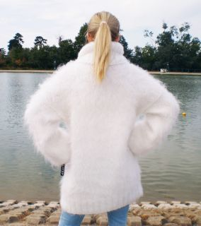 Hand Knitted Premium Longhair Fuzzy Mohair Sweater Turtleneck