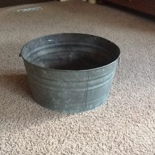 Antique Vintage Garden Galvanized Wash Tub Bucket Planter Large Rustic