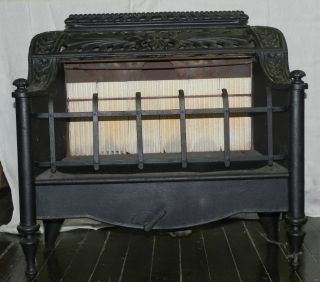 Cast Iron Parlor Stove Radiant Heater Gas REZNOR MFG Fireplace Insert