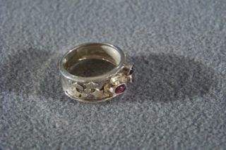 WOW Silver Gold Amber Onyx Garnet Modernistic Band Ring