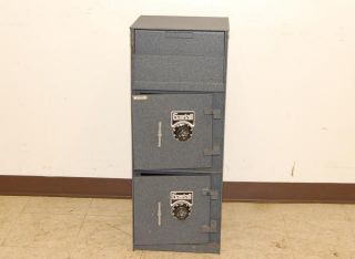 gardall combination safe front drop box two vaults used gardall