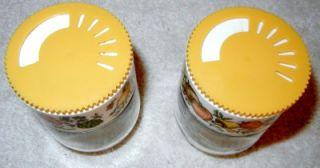 Gemco Vintage Salt & Pepper Shakers Harvest Gold Glass Plastic White