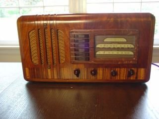General Electric 3 Band Radio Excellent