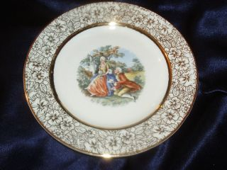 ROYAL CHINA US MARTHA GEORGE WASHINGTON COLONIAL COUPLE GOLD FLORAL