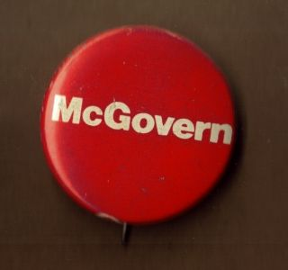 1972 George McGovern US Political Campaign button pinback PIN OLD