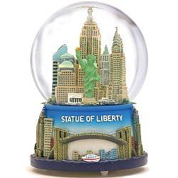 New York City Statue of Liberty Musical Snow Globe ZZ WG057