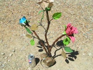 Recyled Junk Iron Yard Art Garden Roses Flowers Rock Sculpture