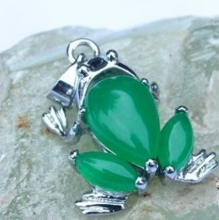 Lovely Frog Green Jade Silver Plated Pendant Necklace