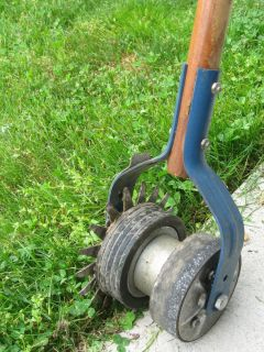 Ames 6 in Long Handle Manual Hand Operated Lawn Edger