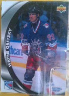 Wayne Gretzky 1998 Kenner Starting Lineup Action Figure with Stick