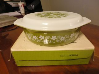 IN BOX Vintage Pyrex Green Spring Blossom 2 1 2 Qt Casserole Dish w