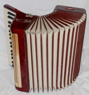 Accordion Weltmeister 48 bass&ORIGINAL HARD CASE;VINTAGE INSTRUMENT