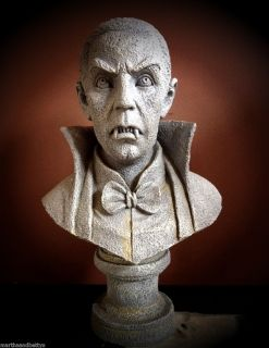 New Grandin Road Halloween Vampire Bust Haunted House Prop Sold Out