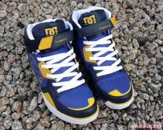DC Shoes Prospec 2 0 Mid Driving Shoe Subaru Blue and Gold