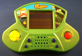 Frogger Electronic Handheld Hasbro Game Frog Crossing Arcade Video LCD