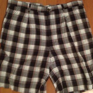 Greg Norman Tourney Golf Shorts Mens Sz 38