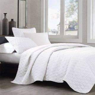 Echo Diamond Geo Full/Queen Coverlet, White Home
