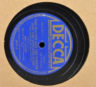 12) 10 78 RPM Records in Book   Perry Como Bing Crosby Big Band Swing