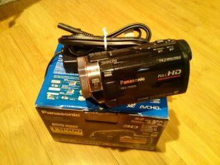 Panasonic HDC TM900 32 GB Camcorder Black