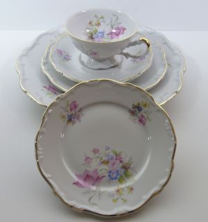 Hertel Jacob Bavaria Pink Floral Gold 5 Piece Place Setting Mint