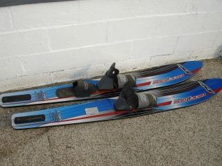 HO Wide Trax Super Shaped Water Skis Combo Set