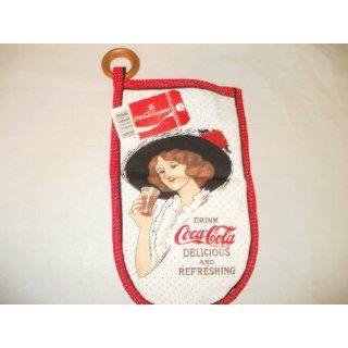 Coca Cola Coke Oven Mitt