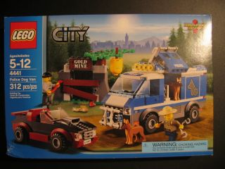 Lego City 4441 Police Dog Van Hot Car Catch The Crook at The Gold Mine