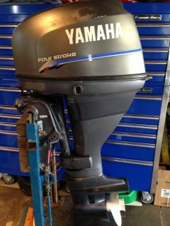 2001 Yamaha 25 HP 4 Stroke Outboard Motor WATER READY Boat Engine 30