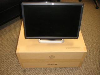 HP Dreamcolor LP2480ZX Flat Panel Monitor w Cables Nice Product GV546A