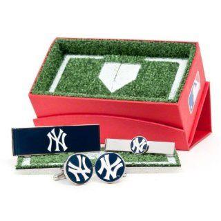 Officially Licensed MLB New York Yankees Baseball 3 Piece