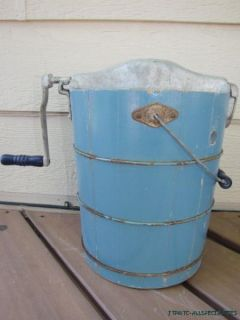 Star Hand Crank Ice Cream Freezer Maker Wood Bucket 3 Quart
