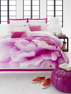 Features of Teen Vogue Flower Girl Full/Queen Comforter Set