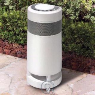 Outcast Portable Indoor Outdoor Speaker w Wireless Transmitter