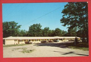 Indian River MI Michigan Star Gate Motel on US 27 Old Cars Postcard