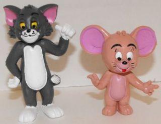 Tom and Jerry Cartoon Plastic Figurines Cat Mouse Miniature Figures