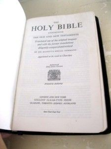 Vintage Collins UK Thin Pocket Bible KJV French Morocco Leather in