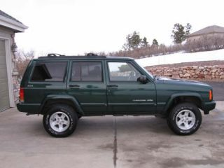 Jeep Cherokee XJ 2 Lift Kit w 4 Performance Shocks