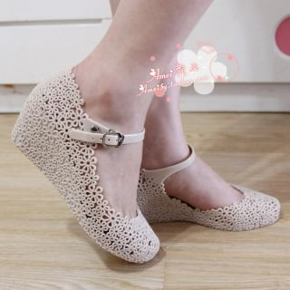 Lady Summer Soft Jelly Rubber Floral Mary Jane Round Toe Wedge Heel