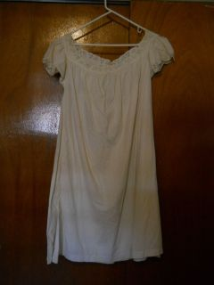 Edwardian Victorian Cotton Linen Night Gown w Eyelet Detailing