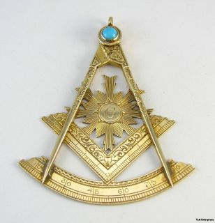 Past Master 12K Yellow Gold Masonic Turquoise Jewel