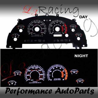 99 04 Ford Mustang GT V8 Black Face White Glow Gauge