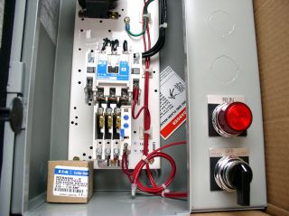 Eaton Cutler Hammer 5HP Starter Motor Controle Disconnect Switch Box