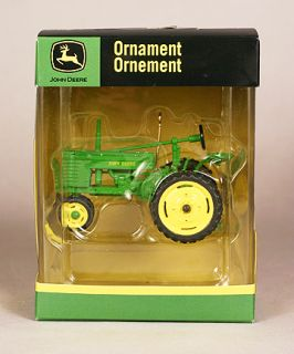 New John Deere Tractor Christmas Tree Ornament New in Package Mint L K