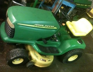 John Deere LT160 Riding Lawn Mower Garden Tractor Lt 160 42 Mowing