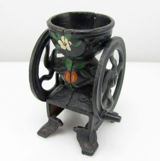 Painted Floral Heart Cast Iron Pepper Grinder Two Wheel G w BX