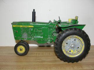 3020 Diecast John Deere Tractor
