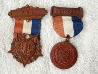 2 Civil War FCL Daughters Union Veterans FCL Ladies Gar Ribbons Pins
